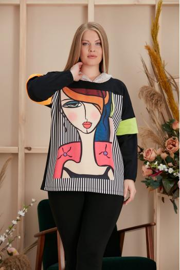 Интересна блуза с красив принт и качулка/размери 44,46,48,50/ Модел: 960