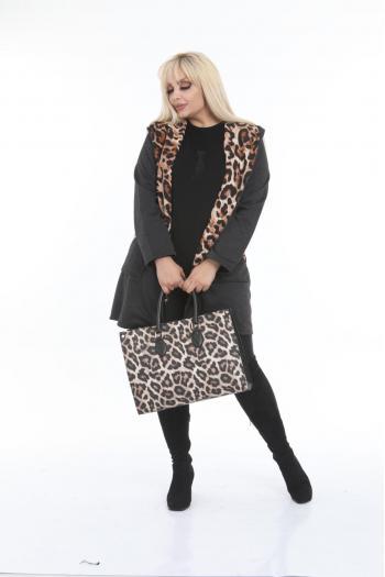 Макси жилетка черно  с леопардов принт /размери 2XL,3XL,4XL/ Модел: 401