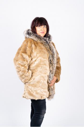 Макси палто от еко косъм в бежово /Универсален размер/ Модел: 444/IT